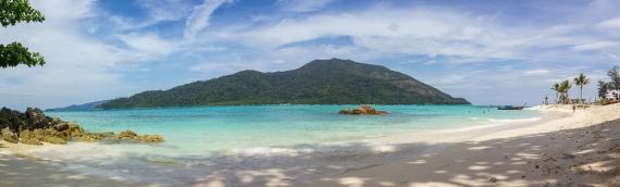Foto de la playa Sunrise Beach en Koh Lipe